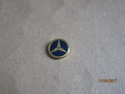 09-01 - MERCEDES logo pin - pins - car pinback - tie tack - lapel pin - pins
