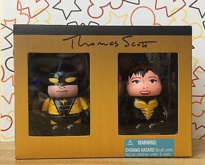 Disney 3' Vinylmation - Marvel 1 Yellowjacket and Wasp 2 Pack LE 1000 Autograph