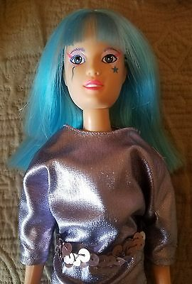 Jem & the Holograms AJA doll, Clothes vintage Hasbro pre-owned near mint