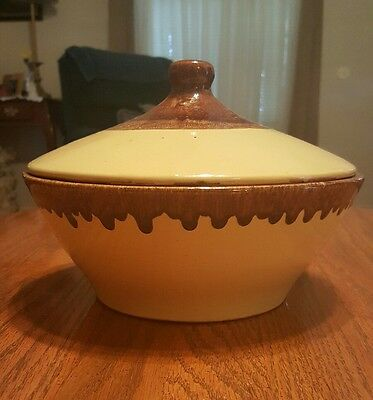 Watt Orchard Ware Serving Bowl With Lid Drip Glaze Yellow & Brown No. 119