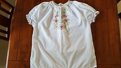 Vintage 1970s White Pink Blue Yellow Embroidered Cotton Blend Top M