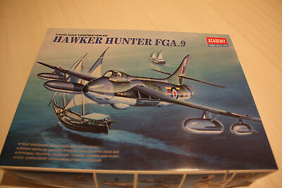 Academy 1:48 Hawker Hunter FGA.9 Kit No. 2169 NEU OVP.