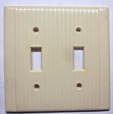 Vintage Reliance Ribbed Lines Beige Bakelite 2 Gang Switch Plate Cover Art Deco
