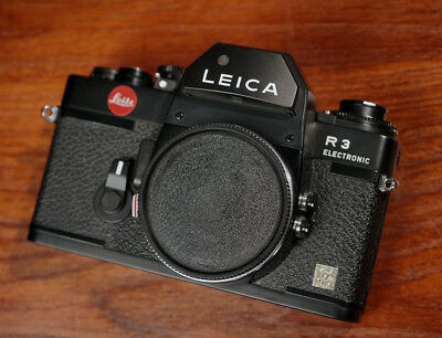 Stunning Leica R3 Electronic Black Body - With One Issue: Look and Read