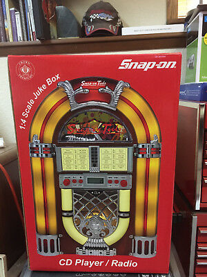 Snap on Tools Jukebox Vintage 2005 CD Player/2 Band Radio - New in Unopened Box