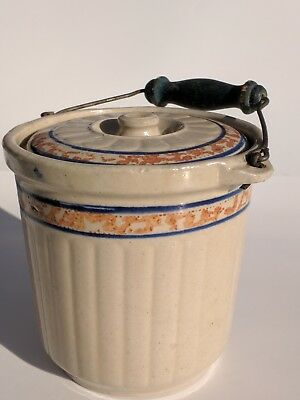 Stoneware Red Wing Crockery Refrigerator Jar with lid and handle. Sponge stamped