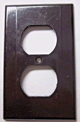 Vintage Leviton Art Deco rare brown Bakelite 2 ribs lines smooth outlet cover