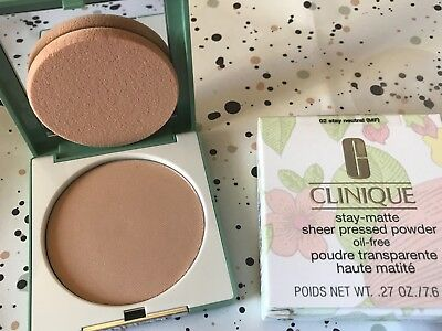 CLINIQUE Stay-Matte Sheer Pressed Powder neuve