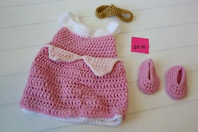 Baby's Crochet Sleeping Beauty Outfit