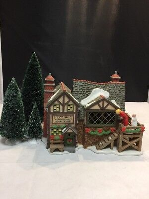 Dept 56 Dickens Village Fezziwig's Ballroom Gift Set 58470 - Year 2000 Animated
