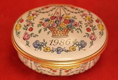 "Halcyon Days Enamels England 1986 ""A YEAR TO REMEMBER"" Oval 2"" Trinket Box"