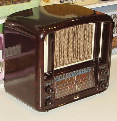 EXQUISITE 1940's  Mottle Brown AIRZONE THEATRETTE Vintage Deco Bakelite Radio