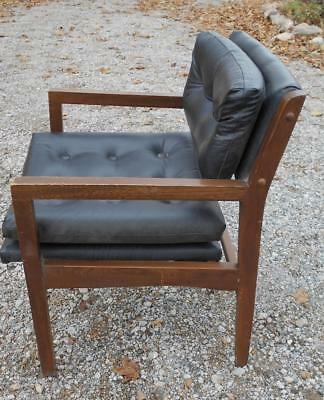 Vintage Mid Century Modern Chair..walnut..black Vinyl Seat And Back