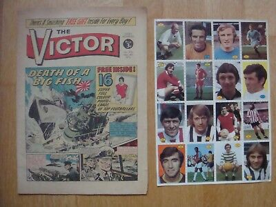 VICTOR COMIC #576   March 4th 1972  WITH FREE GIFT SHEET of 16 FOOTBALLER CARDS