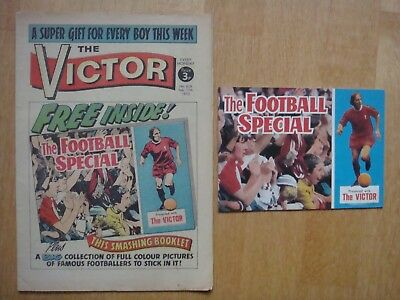VICTOR COMIC #626   February 17th  1973 WITH FREE GIFT FOOTBALL SPECIAL ALBUM