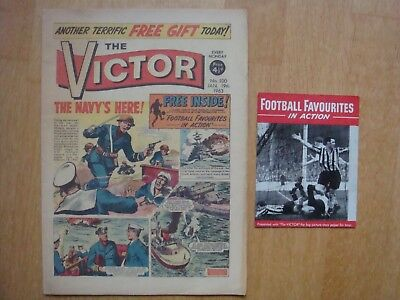 VICTOR COMIC #100   January 19th 1963 WITH FREE GIFT FOOTBALL FAVOURITES