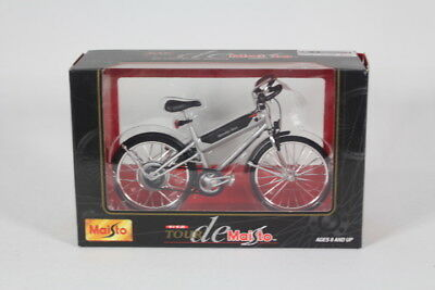 Maisto MA39150E Diecast Bicycle, 1:12 Scale.