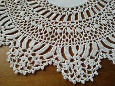 Gorgeous Vintage Hand crochet White Doily with Linen centre