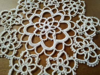 Charming Vintage Tatted off-White Doily