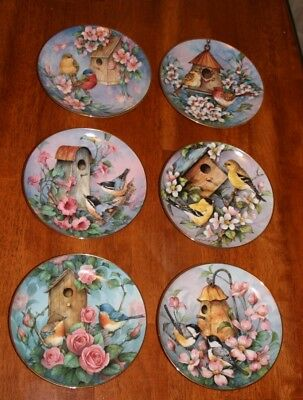 The Franklin Mint Heirloom Recommendation Royal Doulton Collection Bird Plates