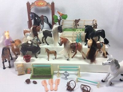 Lot of Toy Play Pvc Horses and accessories  Lanard Royal Breeds Tree House Kids
