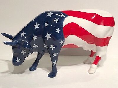 "Cow Parade Figurine  2003 "" Americow the Beautiful "" ( # 7310 Retired  )"