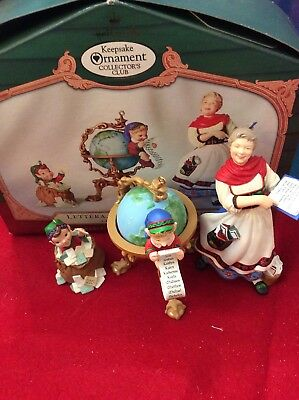 Hallmark Keepsake Ornament Collector's Club Lettera, Globus & Mrs. Claus 2001