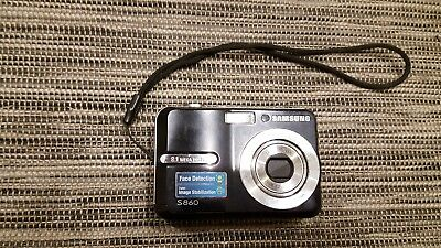 Samsung s860 8.1 MP digital camera  works great