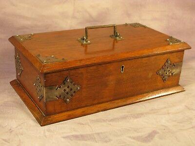 Antique Victorian Vintage Engish Gothic Oak Cigar Humidor Smokers Cabinet Box