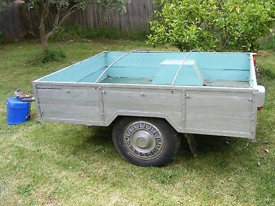 "trailer, steel frame, home made, 1.7m wide (5'6""), 2m long (6'7"")"