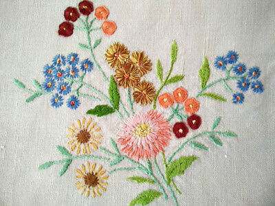 Gorgeous Floral Posies ~ Vintage Hand embroidered Runner/Scarf