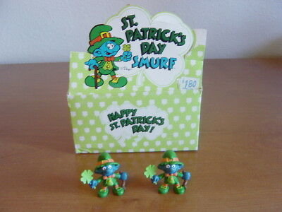 1982 St Patrick's Day Smurf Dealer Display Box + 2 Lucky Smurfs. Schleich Peyo.