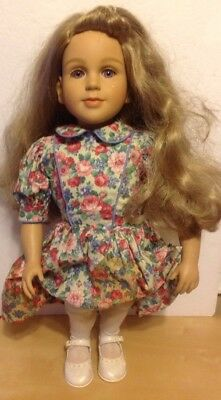 """MY TWINN 22"""" DOLL 1996 with Clothes SHOES WHITE BODY CAN STAND ON HER OWN"""