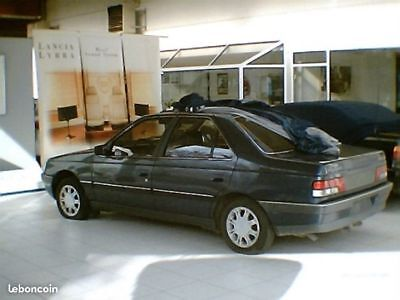 PEUGEOT 405 Youngtimer full options (cuir,toit ouvrant,...)
