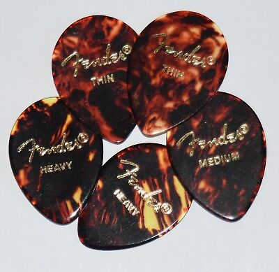 5  x  Fender Guitar Picks Shell 354 style Thin, Medium,  Heavy