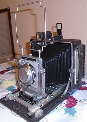 VINTAGE BUSCH PRESSMAN MODEL D 4X5 PRESS/FIELD CAMERA, with KODAK 127MM LENS