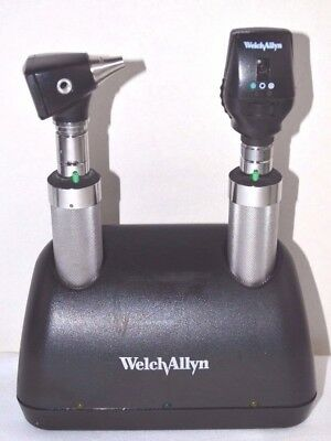 Welch Allyn Ophthalmoscope & Otoscope With Universal Desk Charger and Handles
