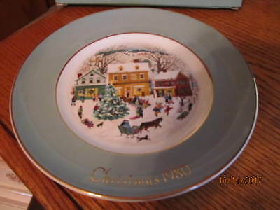 """Avon Wedgwood 1980 """"country Christmas"""" Eighth Edition Collector Plate"""