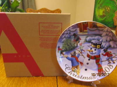 """Avon """"winter Memories"""" 2008  Collecible Plate  - New In The Box"""