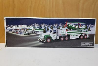 Hess 2002 Toy Truck And Airplane Nib !