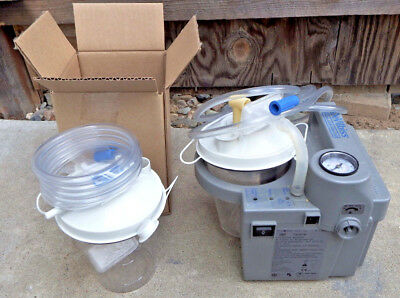 DeVilbiss Homecare Suction Unit - Gently Used #7305P-D, NIB Cannister & Case