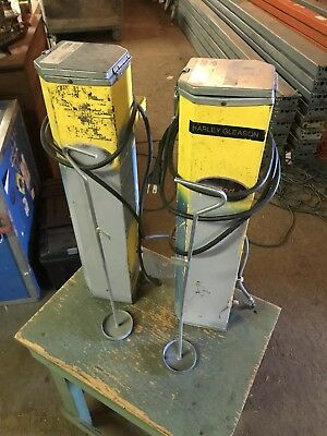 Pair Of Dryrod Ii Electrode Stabilizing Oven