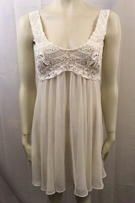 VTG Flora Nikrooz Creamy White Embroidered Bridal Negligee Sexy Beaded Medium M