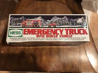 Hess Emergency Truck With Rescue Vehicle 2005.