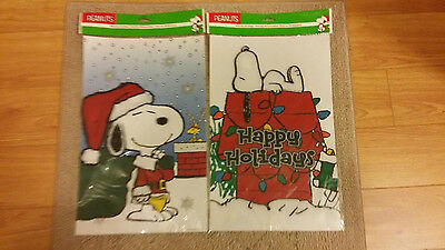 2-pc-PEANUTS-SNOOPY-CHRISTMAS-STICK-EEZ-3D-CLINGS- * NEW