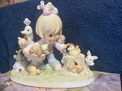Precious Moments Collecting Friends Along The Way Members Only Figurine valuable