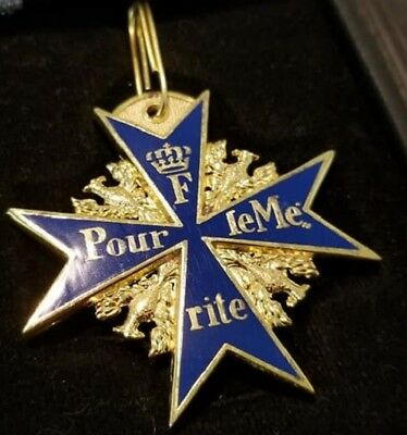 German Army Blue Max Medal Badge Pour le Merite Cross Royal Officer Baron Award