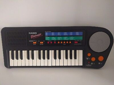 Casio Rapman - Electronic Keyboard - Voice Effector - Vintage
