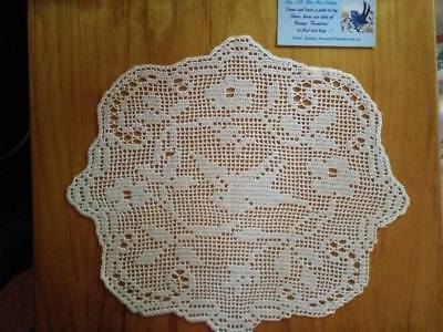 Antique MARY CARD Hand Crochet ~ 'Wild Rose & Pigeon' Centrepiece/mat