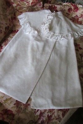 BEAUTIFUL ANTIQUE FRENCH BABY DOLL CHRISTENING OVER WRAP CUDDLE ROBE CLOAK c1920